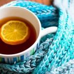 Чем лечить горло: теплым чаем, молоком с медом, полосканием солью и йодом...
